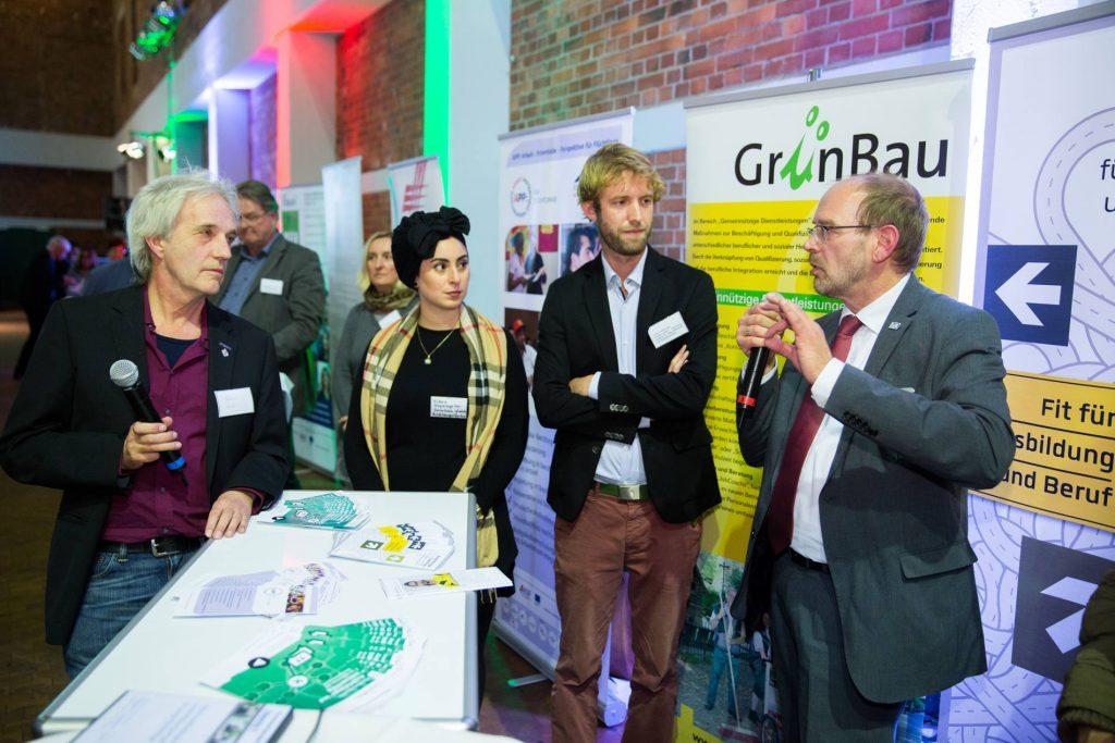 NRW DAS MACHEN WIR Ausbildungscoaching für junge Flüchtlinge und Neuzuwanderer, GrünBau gGmbH