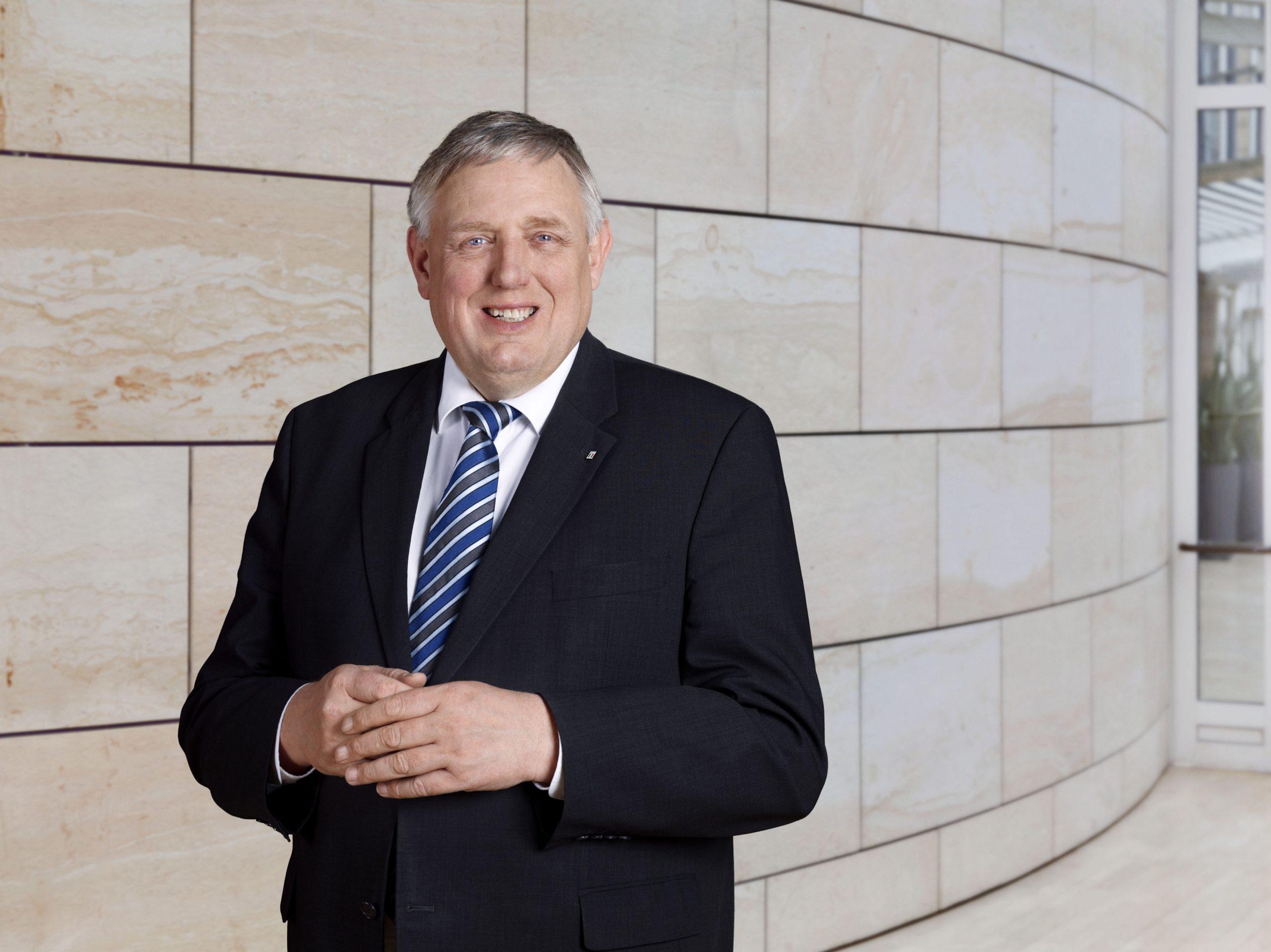 """Featured image for """"Minister Laumann: """"Beratungsstellen Arbeit"""" helfen bei Arbeitslosigkeit und Ausbeutung"""""""